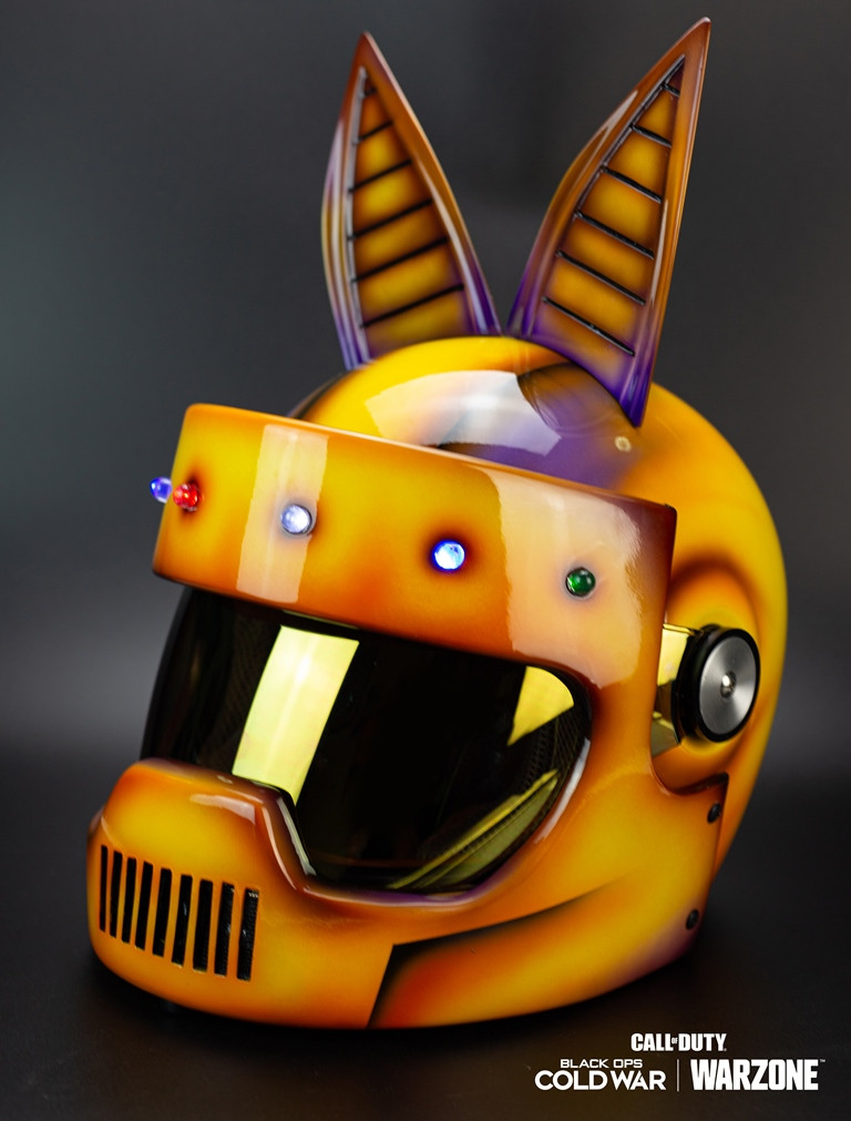 《決勝時刻》中秋節主題造型頭盔
