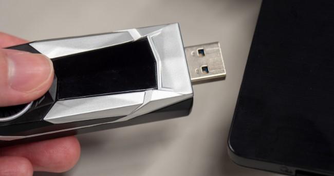 别吵了!微软说明USB装备可能随插即拔,Windows 10做获得